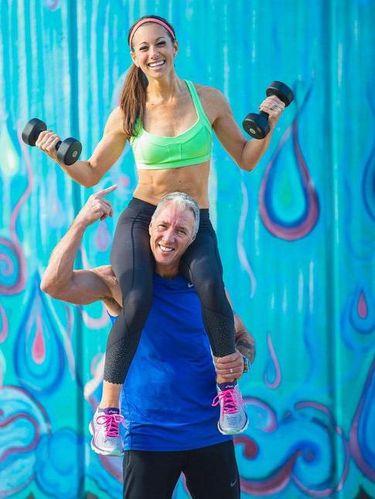 Olahraga dijadikan aktivitas rutin oleh pasangan ini.