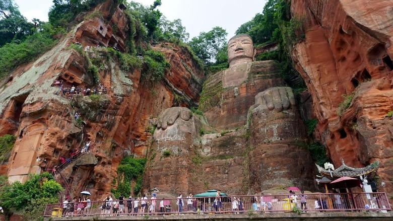Patung Buddha Leshan, patung Buddha terbesar di dunia (Wahyu/detikTravel)