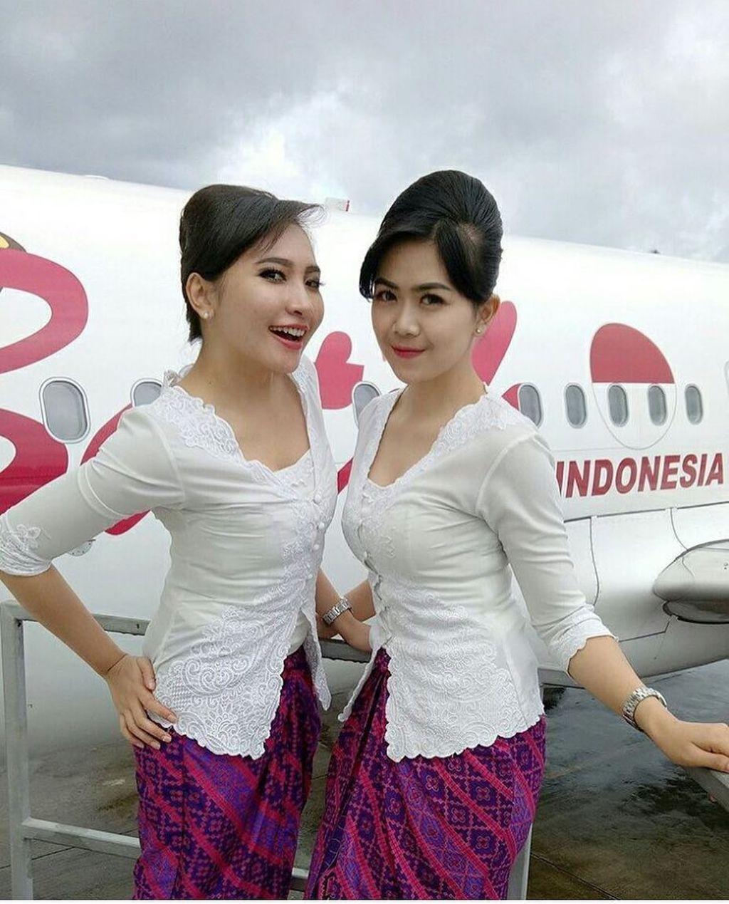 Syarifah, pramugari Batik Air. (Foto: instragram.com/pramugari_indonesia)