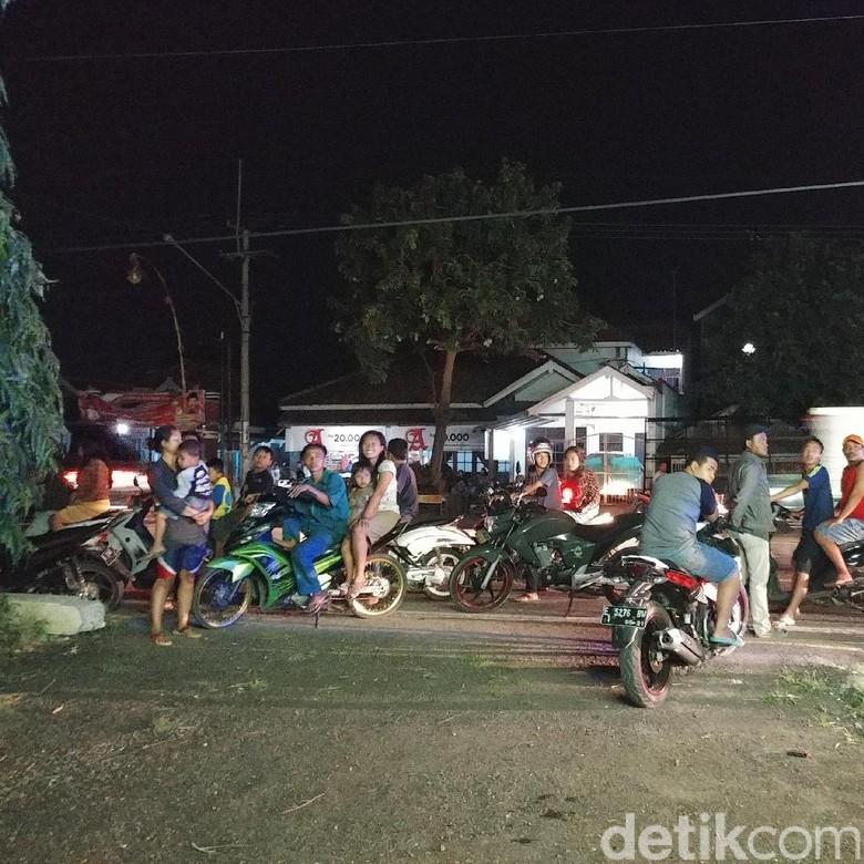 Kabur Tabrak Trotoar, Jambret di Cirebon Babak Belur Dihajar Massa