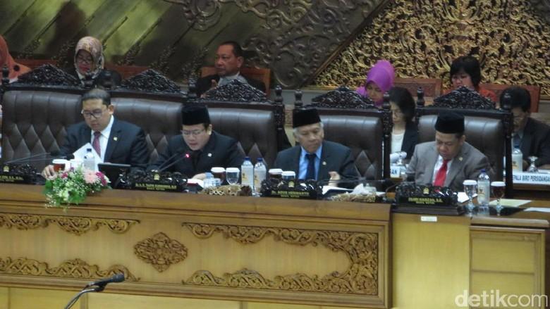 Foto: Bangku Kosong Novanto di Paripurna DPR