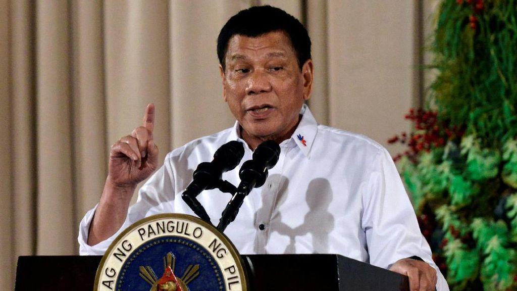Disinggung Soal HAM, Duterte Batal Beli 16 Helikopter dari Kanada