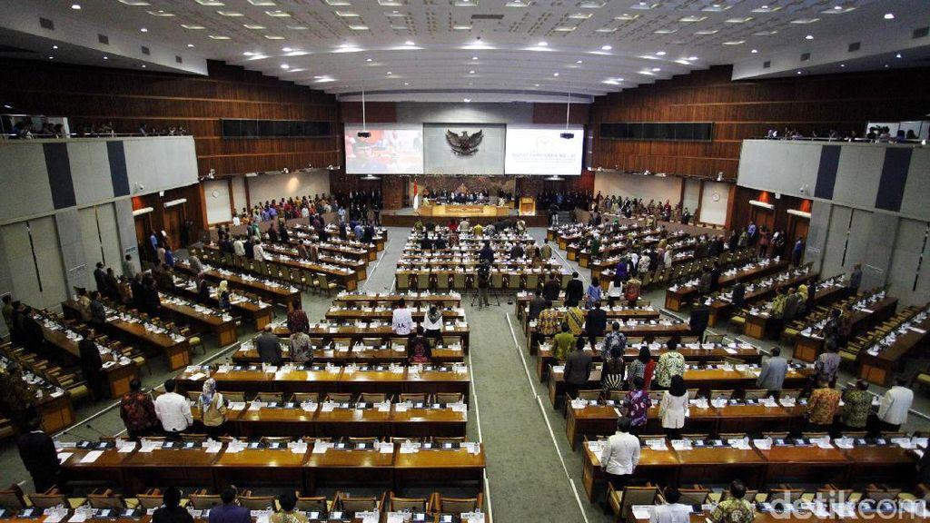 DPR Sepakati Aturan Pajak Intip Rekening Jadi UU