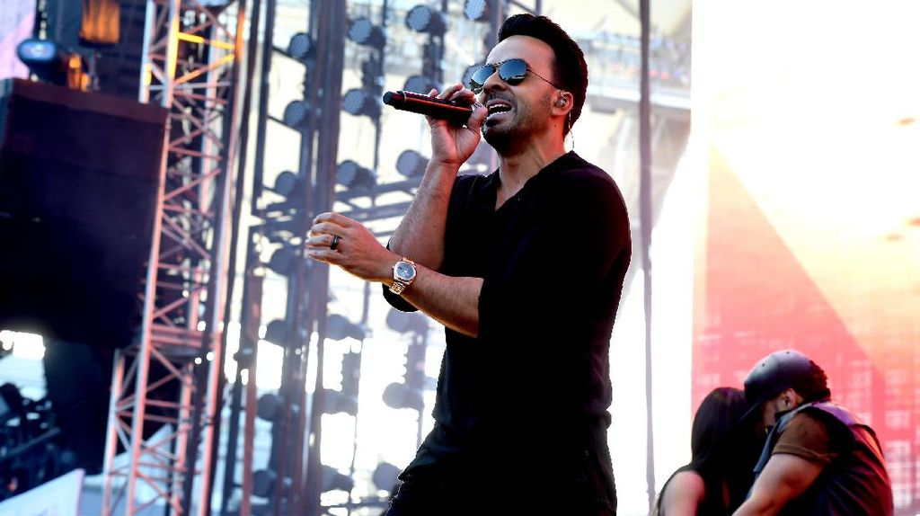 Sebelum Despacito, Luis Fonsi Juga Pernah Dapatkan Nominasi Grammy