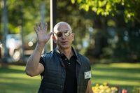 Harta Bill Gates Tertinggal Rp 159 Triliun dari Pria Ini