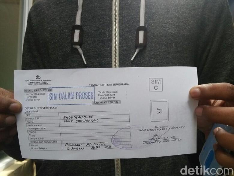 Polres Pasuruan Terbitkan 500 SIM Sementara, Imbas Material Habis