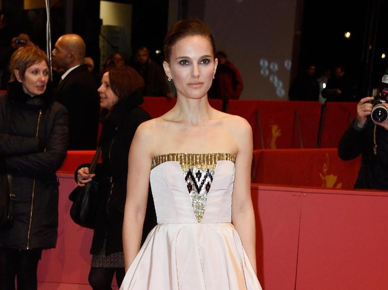 Aktris Hollywood Luncurkan Kampanye Times Up Demi Lawan Pelecehan Seksual