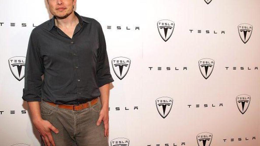 Ketika Si Genius Elon Musk Dipuji Idolanya
