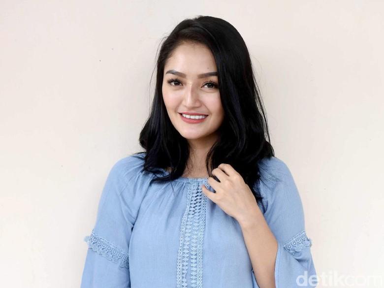 Tak Bisa Dandan, Siti Badriah Cuek akan Penampilan