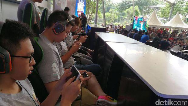 Mereka Berlatih Keras demi Jadi Jawara Mobile Legends