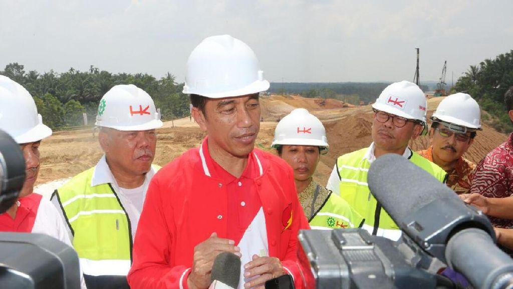 Jokowi Buka-bukaan soal Alasan Kebut Bangun Infrastruktur