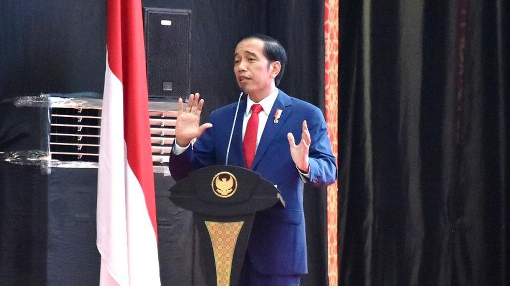 Jokowi Buka Pameran Produk Kerajinan Lokal di Senayan