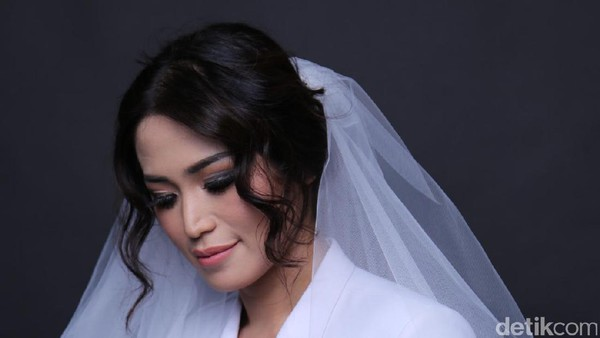 Ayu Ting Ting Kembali ke Pesbukers, Jessica Iskandar: Bukan Urusan Aku!