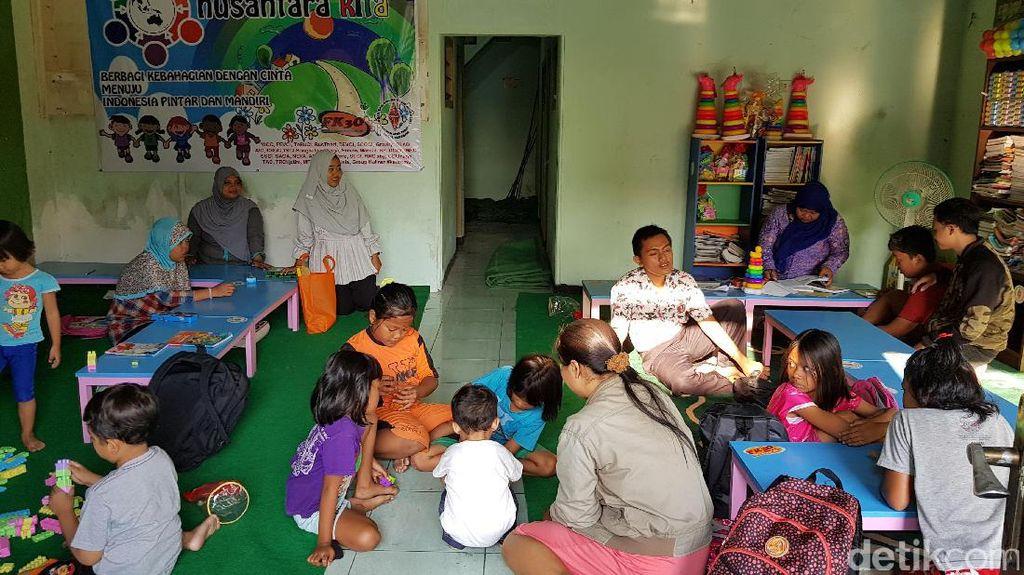 Mengintip Tempat Belajar Anak Berkebutuhan Khusus di Dolly