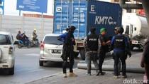 Sering Peras Sopir Truk Kontainer, 10 Preman di GT Koja Ditangkap