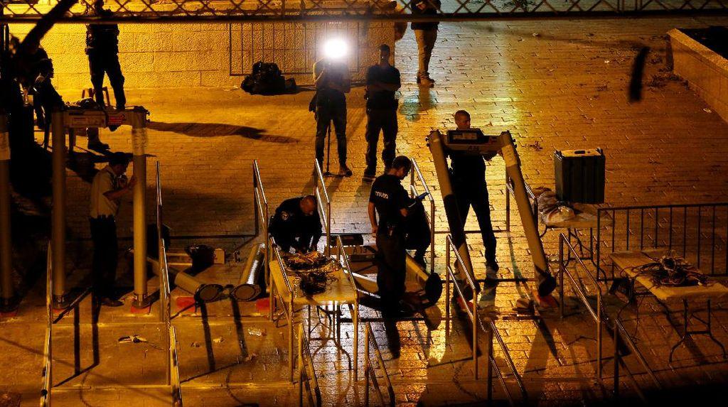 Foto: Metal Detector Dilepas di Kawasan Masjid Al-Aqsa