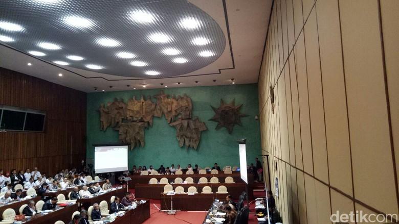 Dirjen Bina Marga: Tol Darurat Berdebu, Kami Perbaiki di 2018
