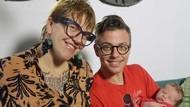 Pasangan Tidak Biasa: Ibu, Anak dan Bapak Transgender