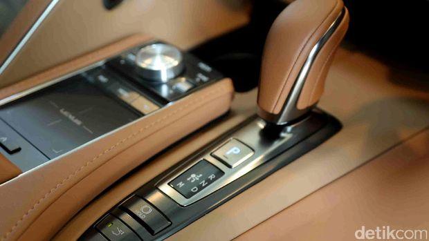 Transmisi Lexus LC 500