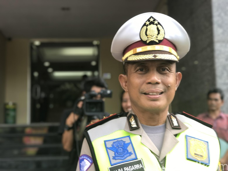 Polisi Siapkan Rekayasa Lalu Lintas - Jakarta menyiapkan rekayasa lalu lintas di sekitar lokasi event Djakarta Warehouse Project di JIExpo Jakarta Rekayasa lalin akan