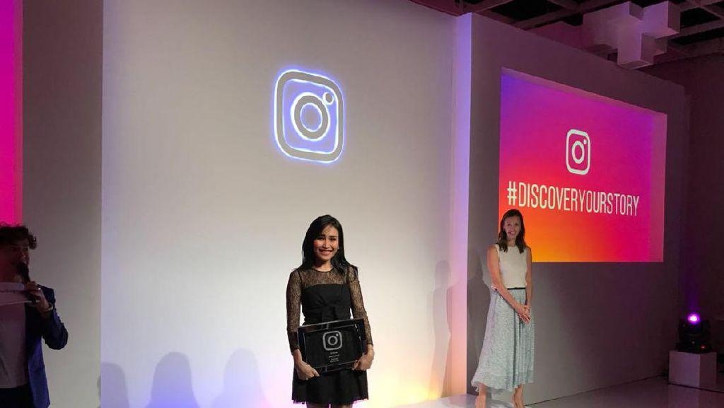 Ayu Ting Ting dan Raffi Ahmad Gaet Penghargaan dari Instagram