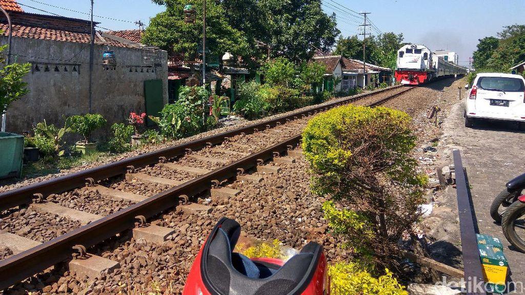 Gempa di Banten Tak Ganggu Jadwal Kereta Api