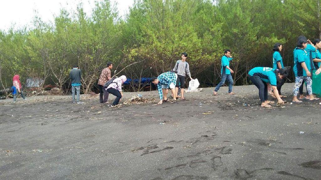 Saat Komunitas di Banyuwangi Bersatu Perangi Sampah