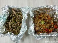 Packaging ayam jerit yang dipesan secara online.