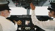 Tugas Pilot Bukan Cuma Terbangkan Pesawat Lho
