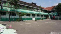DPRD DKI Datangi Penghuni Sekolah Pinangsia, Cari Solusi Relokasi