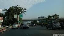 Jelang Open Traffic, LED Simpang Susun Semanggi Sudah Hiasi Jalan
