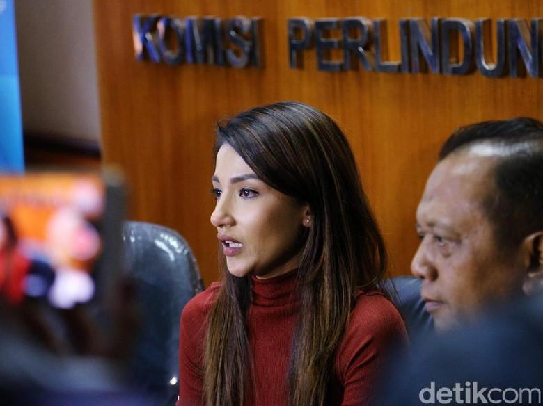 Saat Mediasi Dengan Atalarik Syah, Tsania Marwa Nangis di KPAI