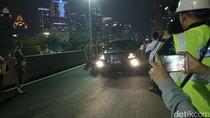 Foto: Ini Dia Mobil yang Melintas Pertama di Simpang Susun Semanggi