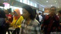 Saat Menteri Rini Diprotes Calon Pembeli Tiket Travel Fair di JCC