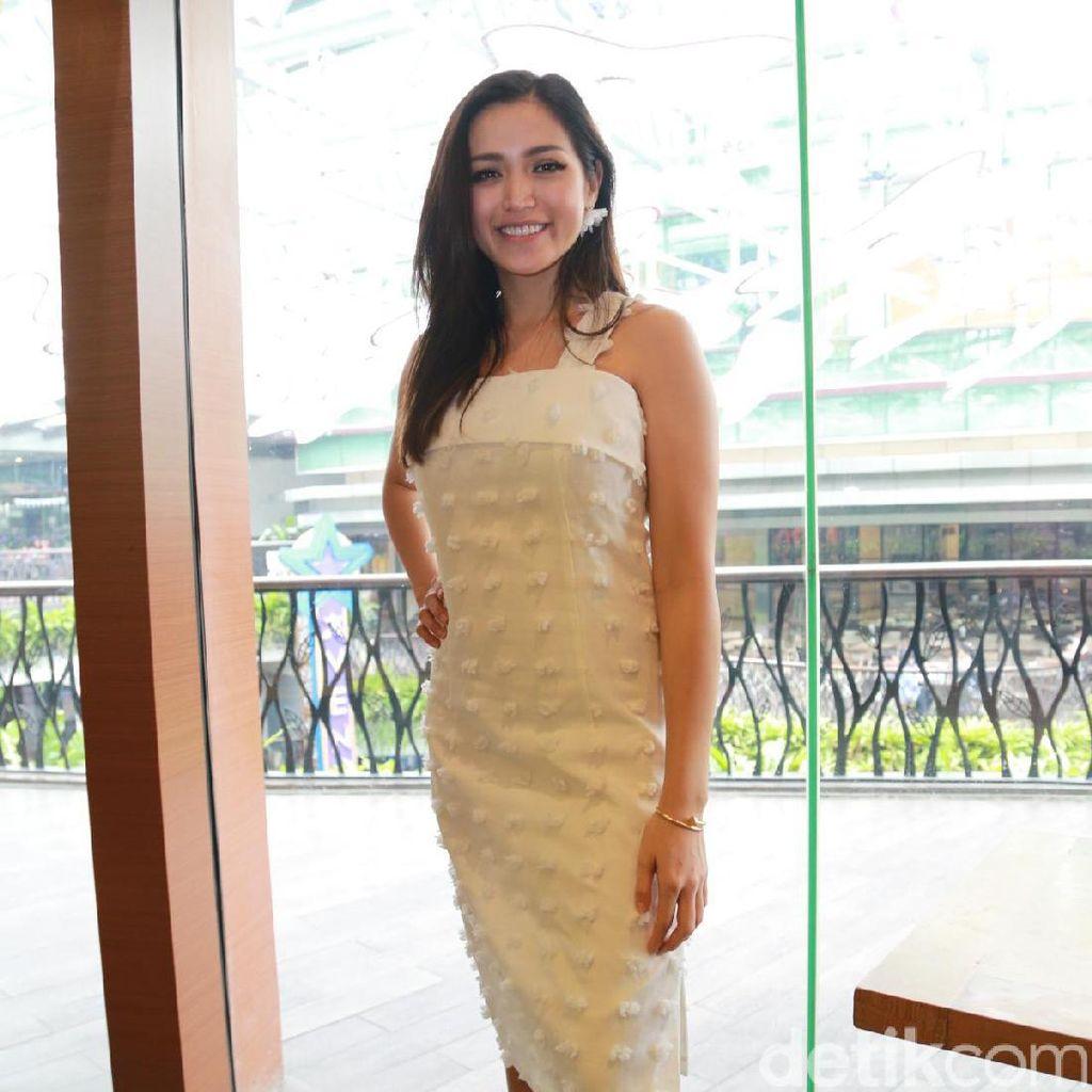 Jessica Iskandar dan Jennifer Bachdim Dipuji Punya Bokong Indah