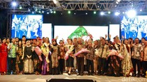 Banyuwangi Batik Festival 2017 Suguhkan Desain Batik Cantik & Elegan