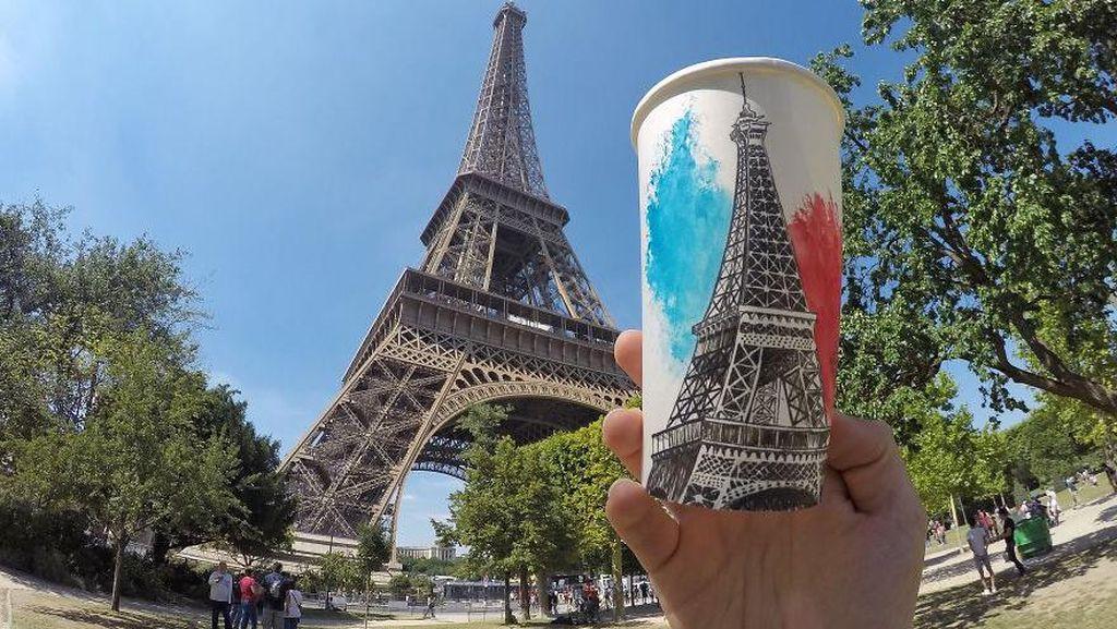 Keren! Seniman Ini Gambar Menara Eiffel hingga Mona Lisa di Atas Cup Kopi
