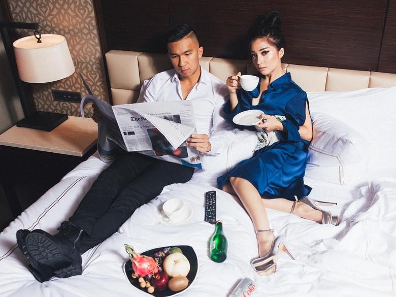 Makin Pamer Kemesraan, Nikita Willy Unggah Foto dengan Kekasih di Ranjang