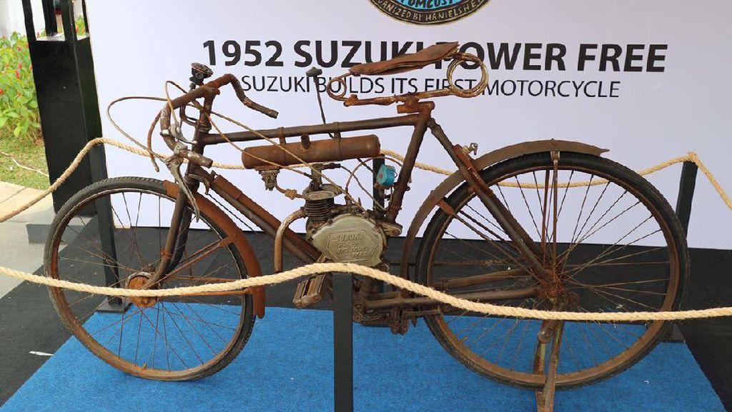 Motor Suzuki Pertama di Dunia Ada di Jakarta dan Dijual Lho!