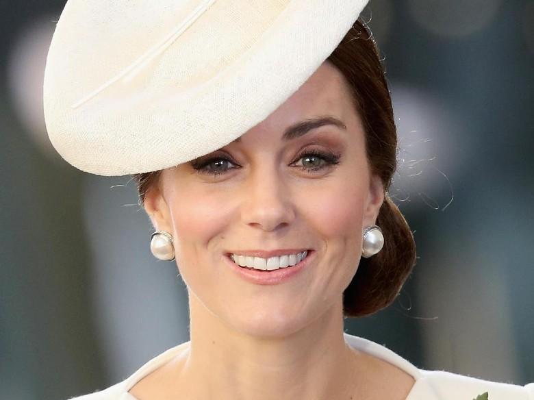 Dilarikan ke RS, Kate Middleton Dikabarkan Hamil Lagi