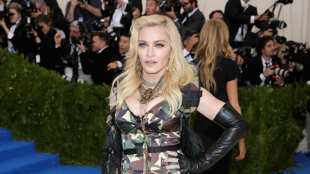 Rahasia Wajah Awet Muda Madonna