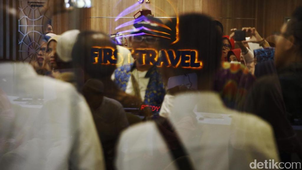 Izin Umrah First Travel Dicabut Kemenag