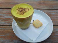 Beau: Gurihnya <i>Croque Monsieur</i> Berpadu <i>Turmeric Latte</i> untuk <i>Brunch</i>