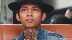 Young Lex Nembak Mikha Tambayong?