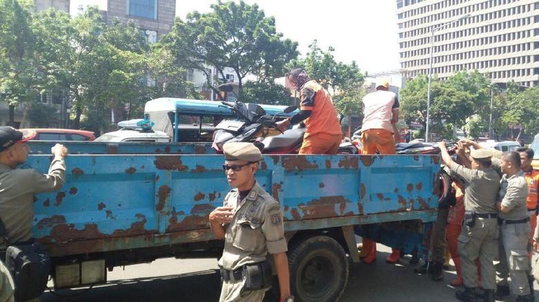Trotoar di 31 Titik Jakarta Pusat Ditertibkan, Ini Lokasinya