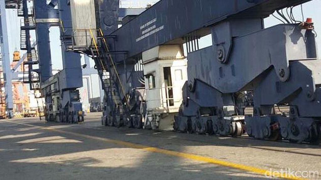Ke Pelabuhan Tanjung Priok, Menhub Cek Dwell Time dan Gerbong MRT