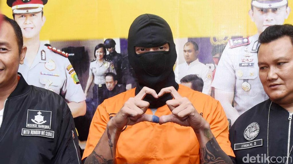 Tora Ditetapkan Sebagai Tersangka dan Ditahan, #sayabersamatora Bergaung