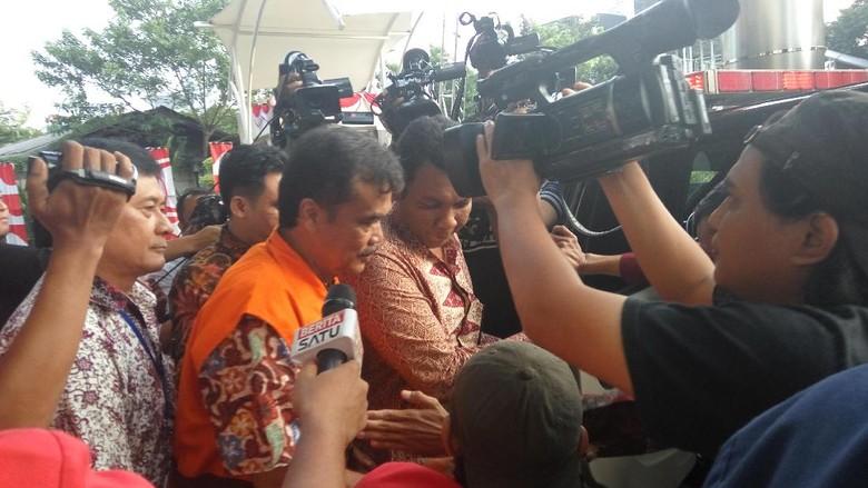 KPK Tahan Tersangka Pengadaan Pupuk Urea Jateng di Rutan Guntur