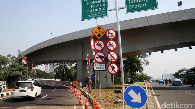 Dear Habiburokhman, Ini Rambu Lalin di Simpang Susun Semanggi