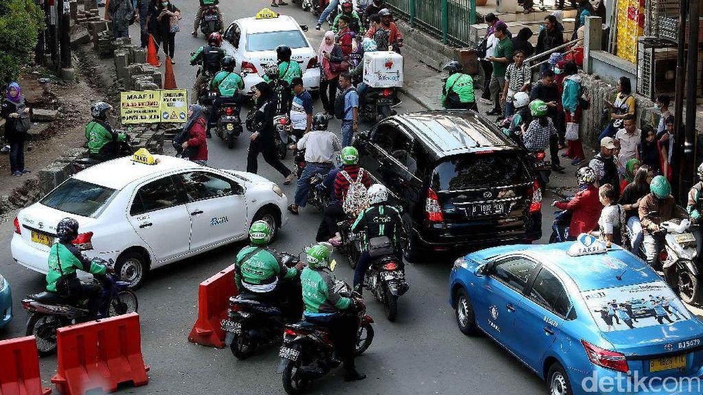 Risiko Masalah Ketenagakerjan di Industri Transportasi Online